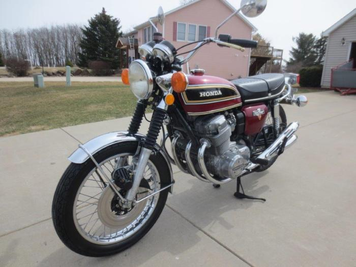 1976 CB750and1964CB160 004